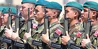 Kısa ve Uzun Dönem Askerlik Süresi Düşecek